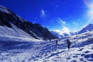 """""""冰雪的游戏""""让冬季旅游更有戏"""