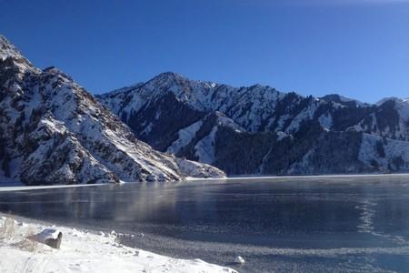 新疆全景夕陽紅12日游