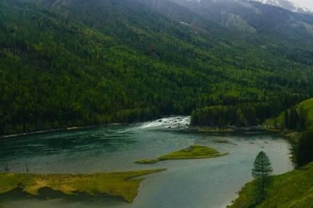 醉美新疆喀纳斯、禾木村、天山天池、吐鲁番双飞8日