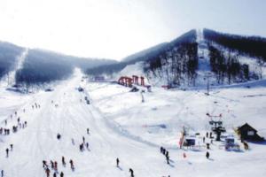 [延庆会议温泉]延庆石京龙滑雪两日游_圣世苑温泉度假村门票
