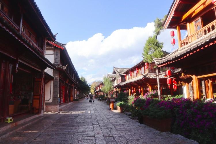 假期亲子游!7-8月最适合带小孩子去的景区盘点!(上)_丽江旅游攻略