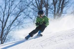 北京下雪去哪里玩_北京密云滑雪場推薦_云佛山滑雪1日游