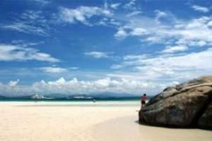 海口出三亚两天一晚休闲游,含:南山文化苑、天涯海角、椰田古寨