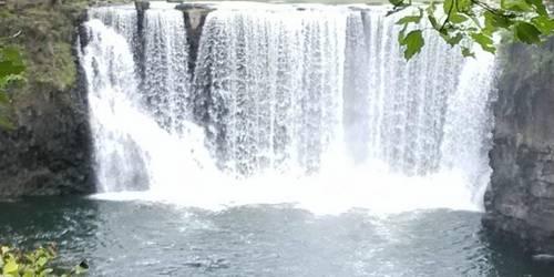 镜泊湖瀑布