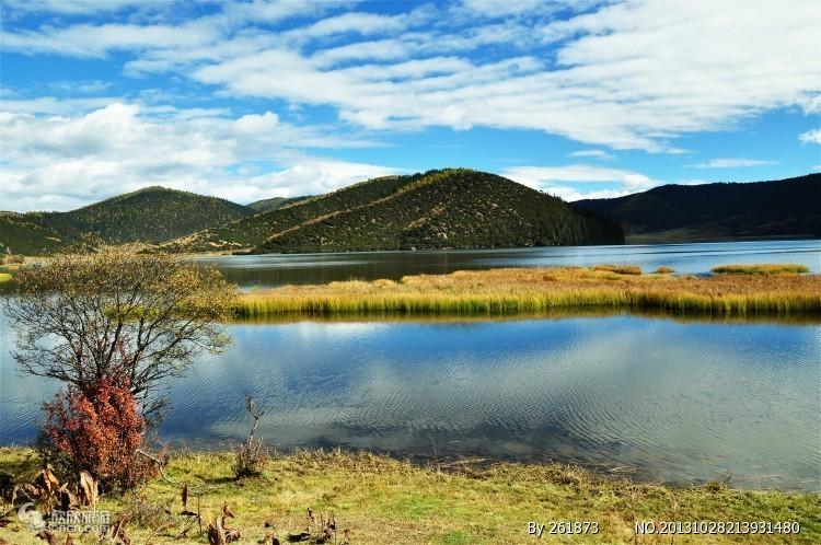香格里拉属都湖