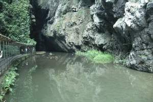 百色通灵大峡谷
