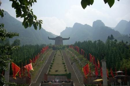 武汉到三峡旅游 武当山 神农架 三峡 恩施深度8日游