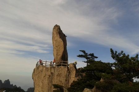 黄山-徽州古城-牌坊群3日游线路(宿山顶观日出、游西海大峡谷、逛古城、纯玩旅游)