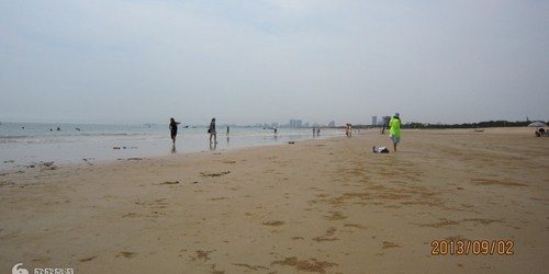 日照金沙滩
