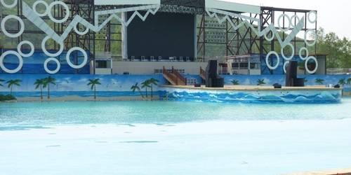 假日水上乐园