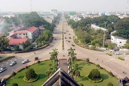 老挝旅游重庆直飞出境跟团游|万象+琅勃拉邦7天5晚VIP小包团老挝旅游景点攻略