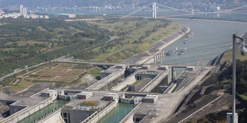 济南到重庆、三峡涉外游轮双高6日游