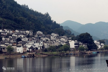 新安江山水画廊+徽州古城一日游线路价格(含古朴捕鱼表演、性价比超高)