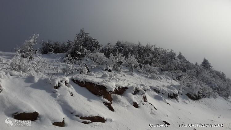 峨眉山图片