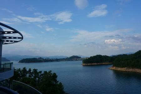 黄山到千岛湖一日游线路价格(纯玩团、赠船上中餐、登梅峰岛、游中心湖区)