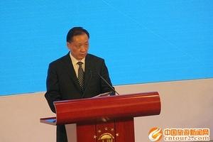 国家旅游局长李金早在四川致辞 上半年全国旅游收入1.65万亿