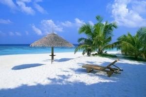 9月推荐三亚三天游,海口到三亚三天两晚跟团游,海南旅行社