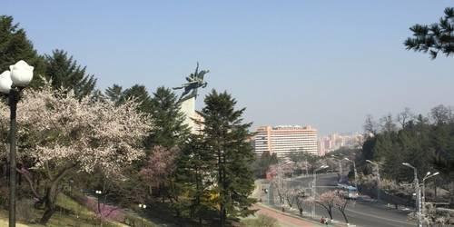 千里马铜像