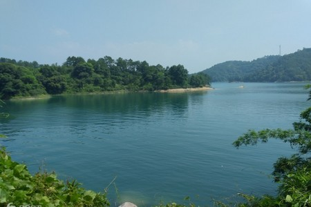 河源赣州江西南武当山/网红玻璃桥、黄龙岩溶洞、万绿湖镜花三天