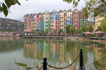 惠州出发到 河源黄龙岩 5D飞龙玻璃桥 音乐喷泉 逛古街 玩巴伐利亚二天