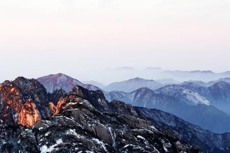 黄山-宏村纯玩3日游(中午高铁站发团、住山顶观日出、游西海大峡谷、推荐黄山游线路