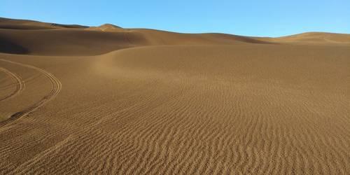 天池吐鲁番、五彩滩、喀纳斯、独库公路、赛里木湖、那拉提8日游