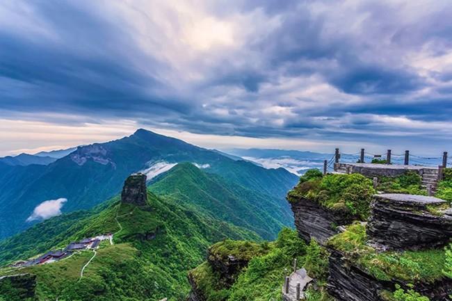 贵州旅游胜地有哪些地方,贵州有哪些旅游景点比较好玩