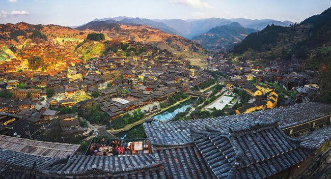 4月份贵州旅游攻略,4月份去贵州旅游穿什么衣服